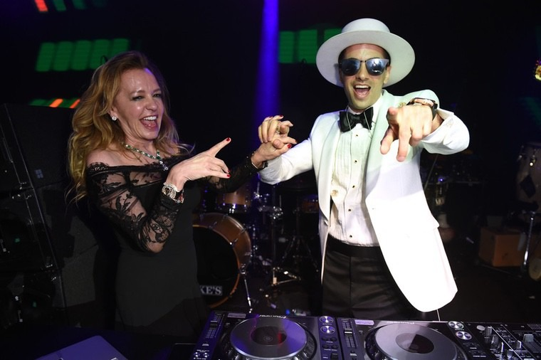 DJ Cassidy lors de la Chopard Party - M8TE - Le Blog